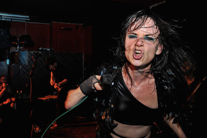 Juliette Lewis on stage energy photographed by Marcus Maschwitz
